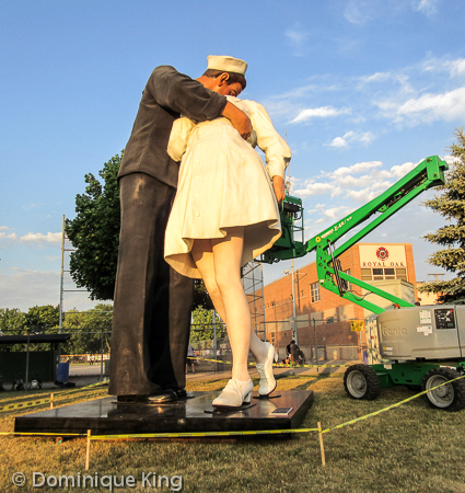 Seward Johnson statue RO (2 of 3)