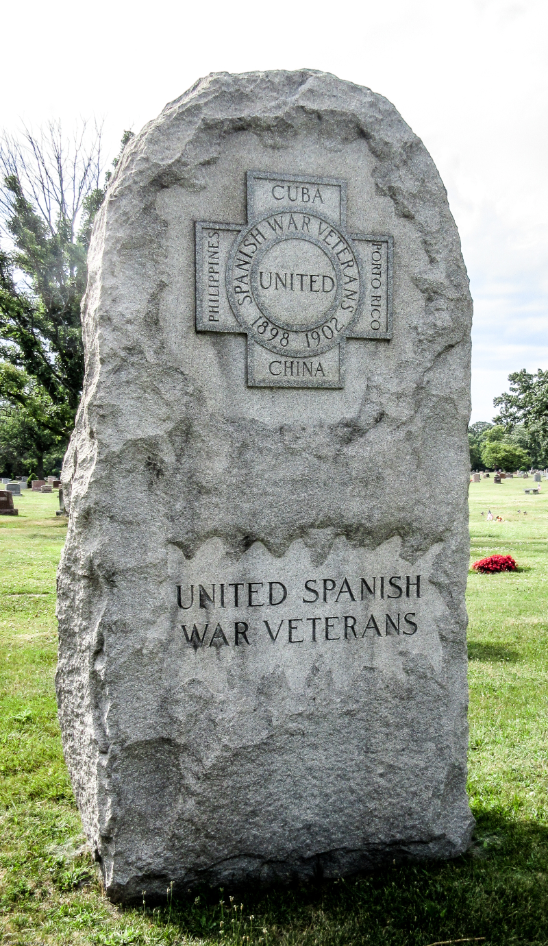 Spanish American War marker at Island Lake (1 of 3)