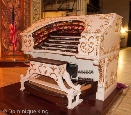 Miss Page Gramde Organ (2 of 4)